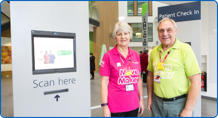 Move Maker volunteers by patient check-in